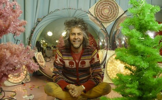 8. desember: Happy Xmas (War Is Over) – The Flaming Lips & Yoko Ono