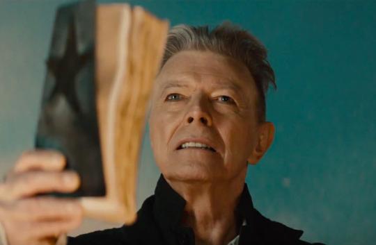 Lag og myndband frá David Bowie